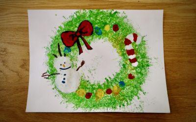Couronne de Noël en peinture